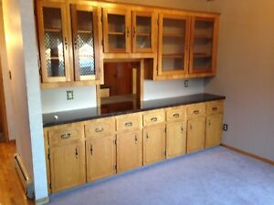 Cabinets - Assorted lot