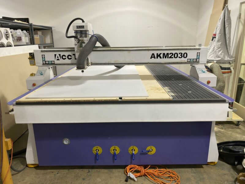 New Cnc router table 6ft x 10ft liquid cooled spindle.