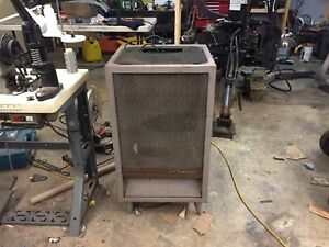 Oil space heater with blower