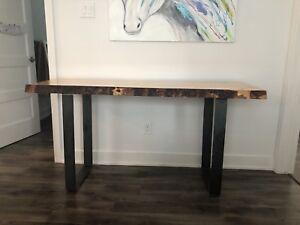 Table / bureau de travail