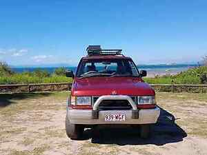 Selling 4wD Bowen Whitsundays Area Preview
