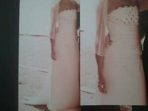 WEDDING DRESS IVORY SATIN SIZE 8-10 WITH VEIL Bayview Pittwater Area Preview