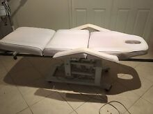 Electric Massage/Beauty Therapy Bed Worongary Gold Coast City Preview
