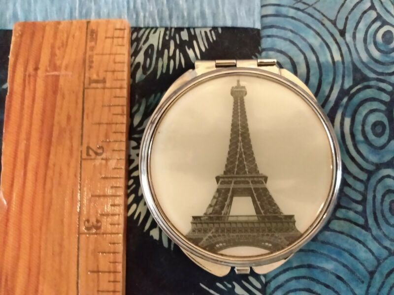 BEAUTIFUL CLASSIC SMALL VINTAGE EIFFEL TOWER POCKET MIRROR PARIS COLLECTIBLE
