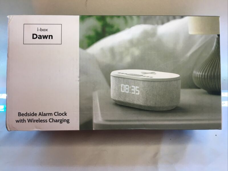 """Bedside alarm clock with wireless cellphone charger + Radio FM """"Ibox dawn"""". New"""