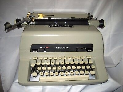 Refurbished Royal 440 Manual Typewriter 10p Woriginal Dust Cover Wwarranty
