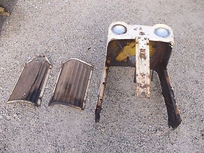 Case 830 Tractor Orig Factory Front Nose Cone Grill Wscreen Screens Lights
