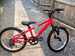 """Avanti Red Thunder alloy bike 20"""" suit boy or girl Ashgrove Brisbane North West Preview"""