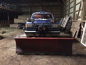1988 Ford F-250 plow and salter