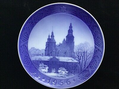 ROYAL COPENHAGEN - CHRISTMAS PLATE 1956-  ROSENBORG CASTLE - DENMARK -