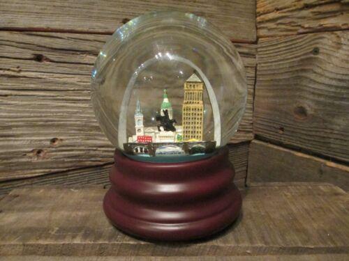 """St. Louis, Missouri Musical Souvenir Snow Globe - """"Meet Me In St. Louis"""""""
