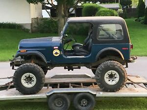 Jeep CJ7 - HORS-ROUTE / mud-drag/ Trail