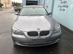 2009 BMW 5-Series xdrive Sedan AWD FULLY LOADED!!