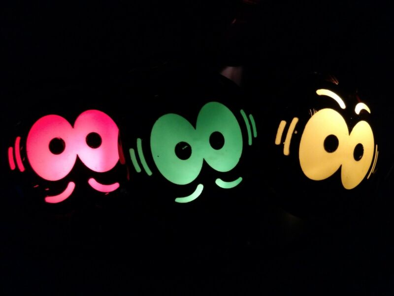 String of 10 Halloween blow mold eerie eyes lights