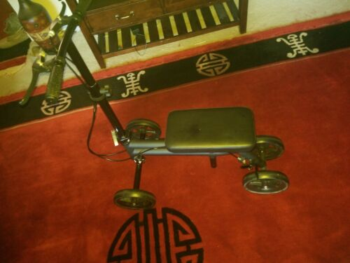 Economy Knee Scooter Steerable Knee Walker Medical Leg Scoot