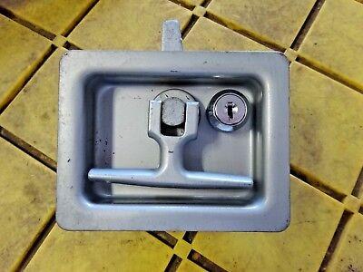 Southco Locking Flush T-handle Cam Latch Truck Tool Box 3.5 X 4.5 Wkeys