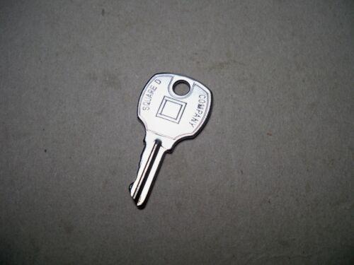 Key - Square D - NSR 251 Electrical panel key -  new  1 key