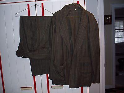 FENDI.   WOMENS SUIT (PANTS/JACKET). BARGAIN!!! - Suit Bargain