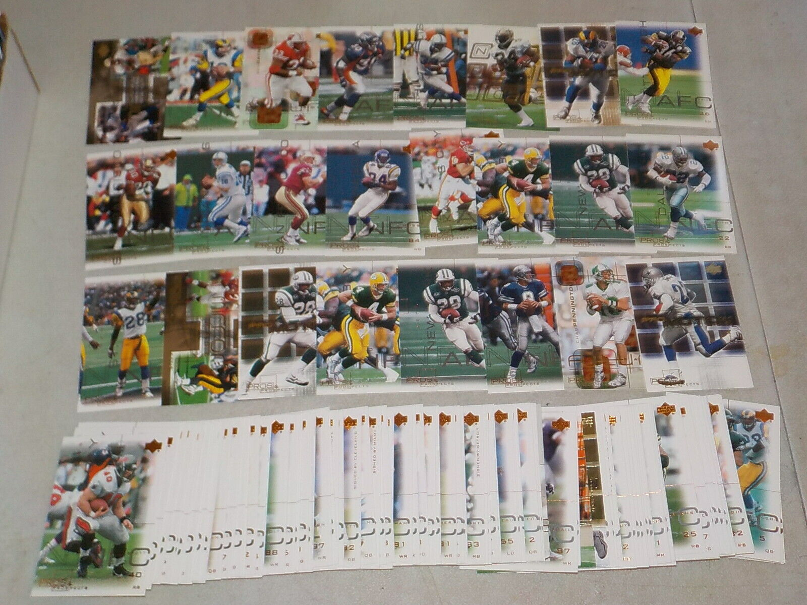 2000 SP Authentic Football Lot Of 115 Cards W/ Stars, HOF, Inserts Nice 878 - $7.99
