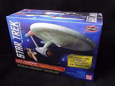 Polar Lights 1:1000 Star Trek TOS Enterprise Plastic Model Kit