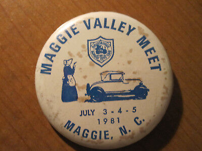 1981 MOUNTAINEER ANTIQUE AUTO CLUB Pinback Pin Button MAGGIE VALLEY NC MEET