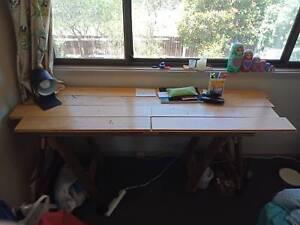FREE homemade wooden desk