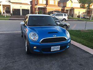 2009 Mini Cooper S $8000