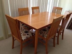 Freedom Furniture dining table and  6 chairs North Narrabeen Pittwater Area Preview