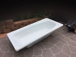 Free Bathtub! Concord Canada Bay Area Preview