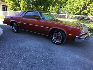 Oldsmobile cutlass supreme 1977