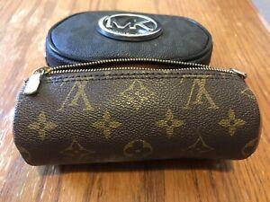 Louis Vuitton pochette Authentic