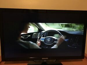 "32"" Philips LED"