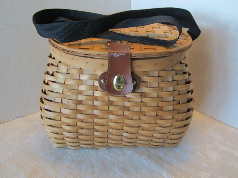 Vtg Basket Rattan Basket Woven Fishing Hunting Berry Creel style shoulder strap