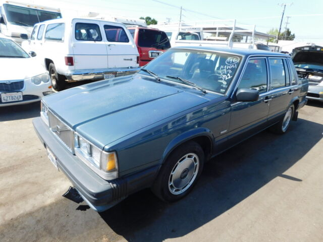 Image 1 of Volvo: 740 4dr Sedan…