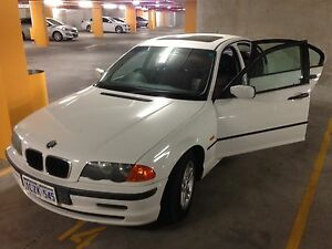 2000 BMW 318i good condition automatic Redcliffe Belmont Area Preview