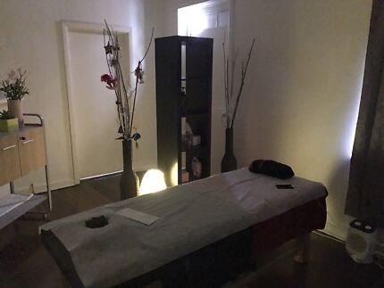Lomi Lomi Massage Full Body Relaxation