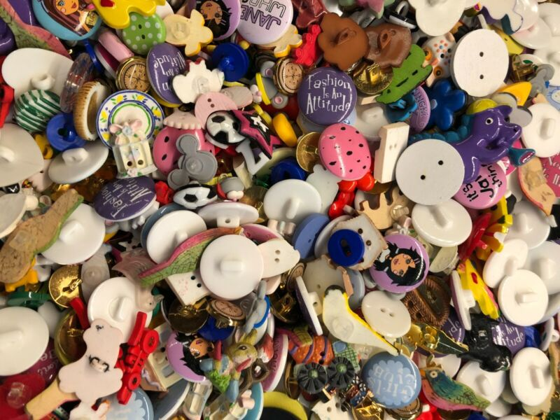 JHB Button Soup - New Old Stock - HUNDREDS of mixed buttons!