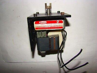 Dayton 2z809 Gear Motor 30 Rpm 115v 48 Amps 1 Ph 11.6 In Lb Torque Used