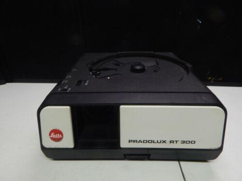 leitz PRADOLUX RT 300 slide projector + remote + manual
