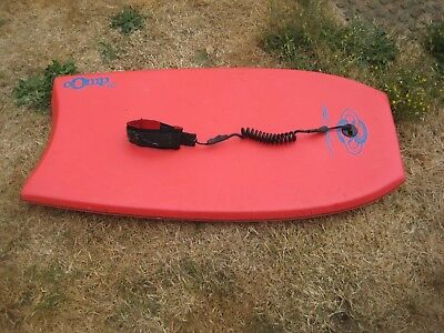 Mike Stewart Body/Boogie Board with Ankle Leash Comp 40 in Red
