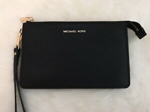 Michael Kors Wristlet (New Without Tags)