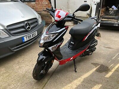 Lexmoto Echo Plus 50cc Moped - 17 Miles on the clock