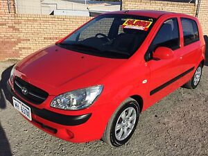 2009 Hyundai Getz 5 door auto Hatchback only 118,000 klms Silver Sands Mandurah Area Preview