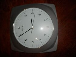 SEIKO R-WAVE -RADIO CONTROLLED 12 x 12 in. WALL CLOCK, Untested