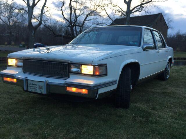 Imagen 1 de Cadillac Deville white