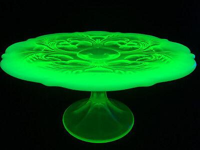 Vaseline Glass cake serving stand plate platter pedestal thistle wedding Uranium