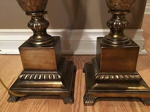 A  pair of gold table lamps London Ontario image 3