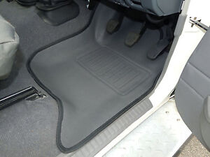 Toyota Landcruiser 76 Series Front Pair Floor Mats Moulded 3D Rubber Vinyl
