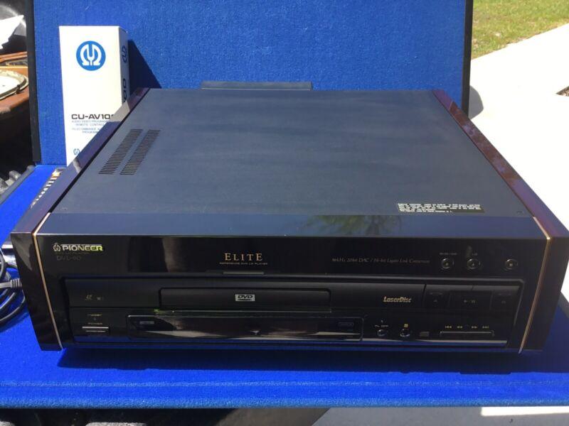 Pioneer Elite Rosewood DVL-90 Laser Disc/CD/DVD Player Pioneer CU AV100 Remote