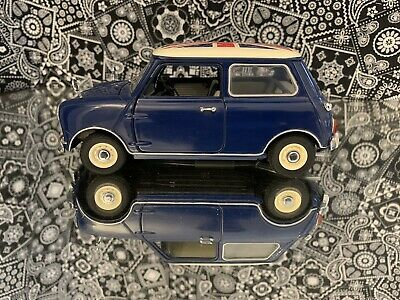 KYOSHO 1/18 scale metal model car morris mini cooper